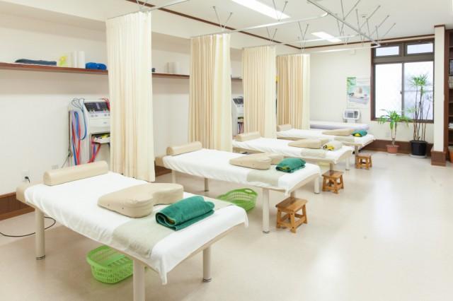 こばやし接骨院の施術室