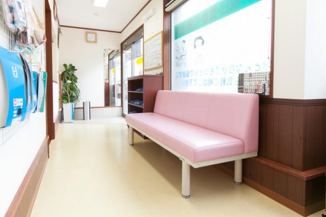 こばやし接骨院の待合室