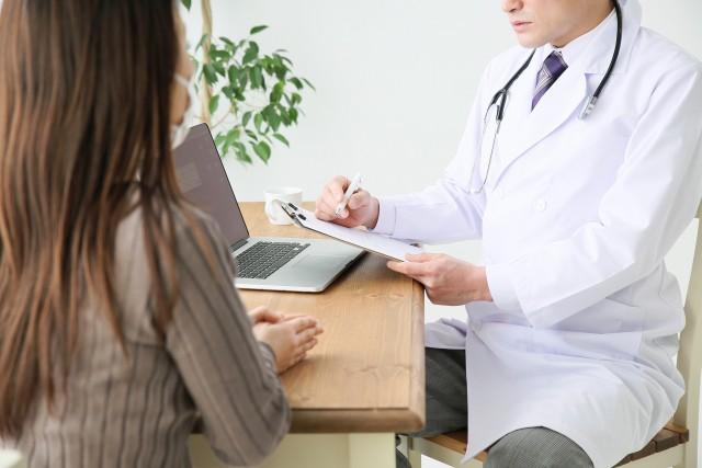 医師の診察